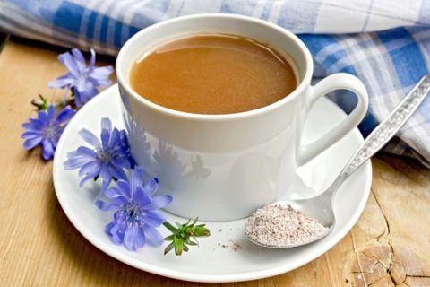 Напиток из корней цикория с молоком