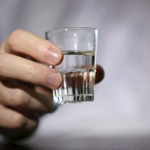 Почему болит печень после приема алкоголя