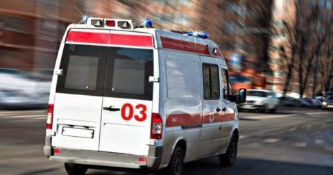 Врач скорой помощи принимает решение о госпитализации в зависимости от состояния пациента.