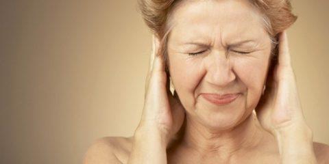 Тиннит может возникать из-за неправильно поставленных зубных протезов