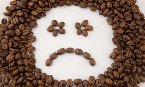 При повышенном артериальном давлении не рекомендуется пить кофе
