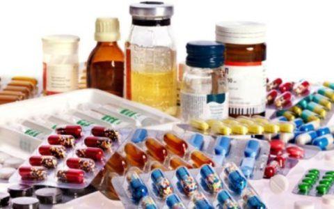 Длительный прием лекарственных препаратов может вызвать устойчивое повышение давления.